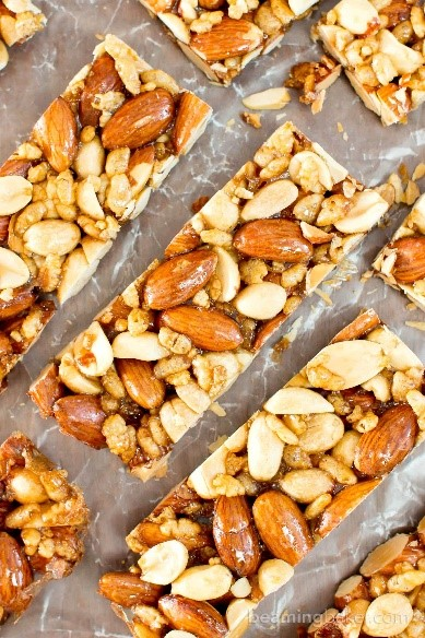 Cashew-Coconut Snack Bar